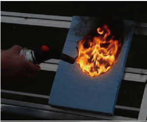 断熱材燃焼試験・ XPS断熱材 ガスバーナー着火 3秒間