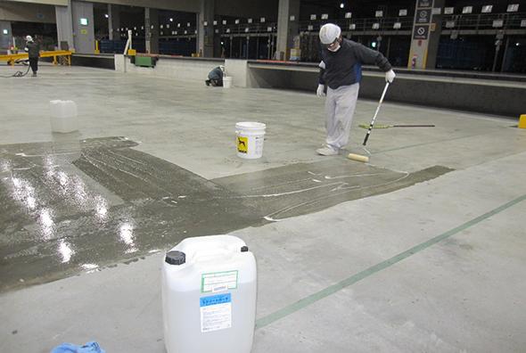 スラブ床の漏水止水工事03
