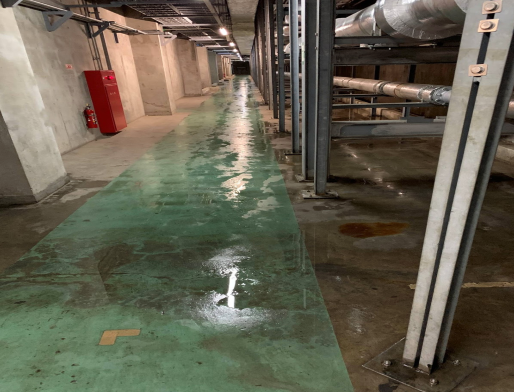 常時地下水が漏水している状態だった
